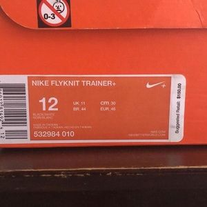Nike flyknite shoes size 12. Light use (only once)